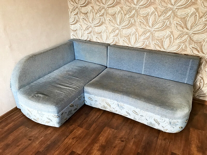 диван до чистки